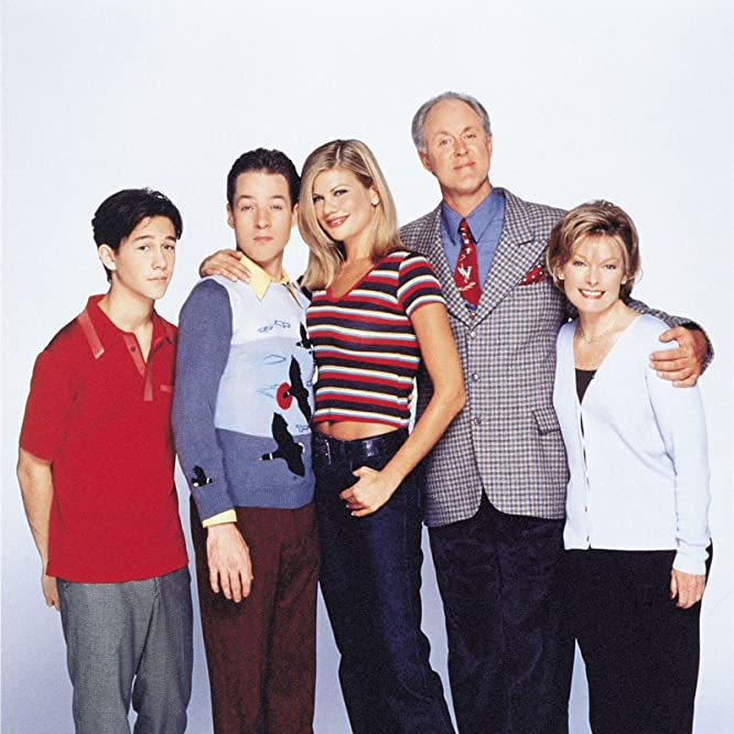 John Lithgow, Jane Curtin, Kristen Johnston, Joseph Gordon-Levitt, and French Stewart in 3rd Rock from the Sun (1996)