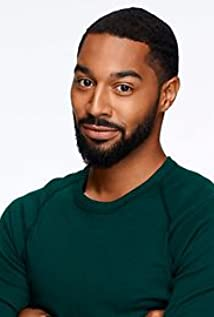 Tips: Tone Bell, 2018s chic hair style of the cool funny  actor