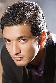 Gautham Karthik Picture