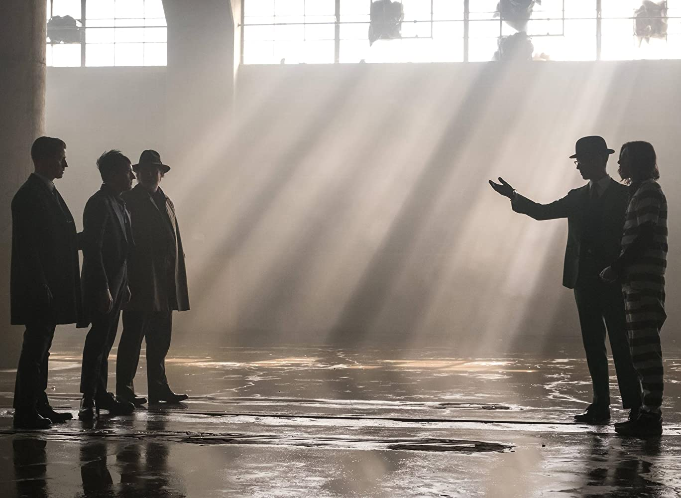 Gotham S04E08 – A Dark Knight: Stop Hitting Yourself, serial online subtitrat în Română