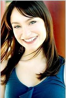 Emily Neves - IMDb