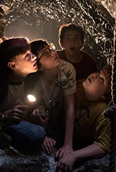 The young stars of 'It' reveal what it was like to see Pennywise the Clown for the first time while filming, and director Andy Muschietti shares some of the techniques he employed to heighten the kids' fearful reactions on camera.