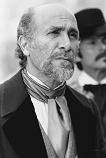 Tony Amendola Picture