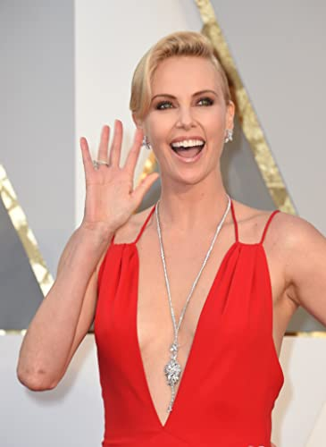 2016 Oscars: Red Carpe... Charlize Theron