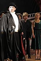 Image of Modern Family: A Slight at the Opera