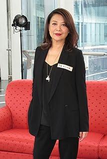 Aktori Elaine Jin