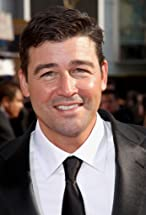 Kyle Chandler's primary photo