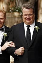 Image of Modern Family: The Wedding, Part 1