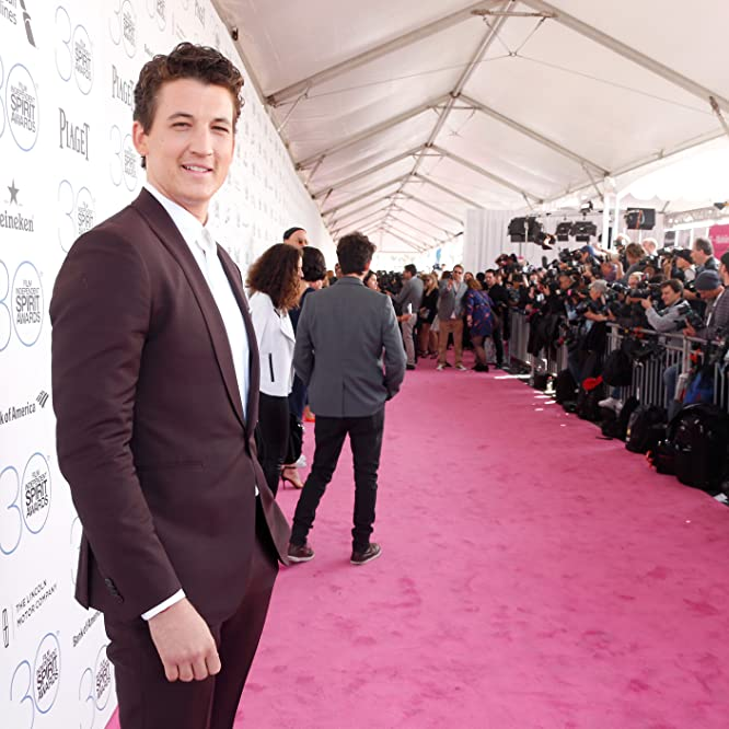 Miles Teller at an event for 30th Annual Film Independent Spirit Awards (2015)