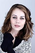 Image of Alexis Dziena