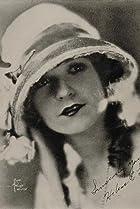 Image of Helen Lynch