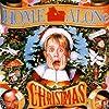 Macaulay Culkin, Joe Pesci, and Daniel Stern in Home Alone (1990)