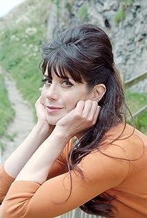Caroline Catz Picture