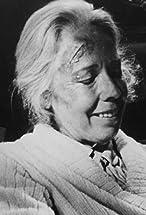 Elizabeth Hoffman's primary photo