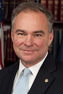 Tim Kaine Picture