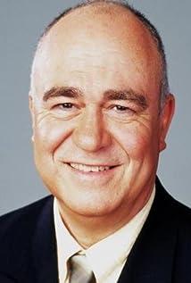 Aktori John Sumner