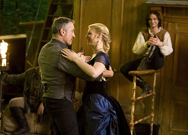 Claire Danes, Robert De Niro, and Charlie Cox in Stardust (2007)