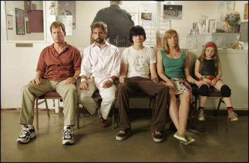 Toni Collette, Greg Kinnear, Steve Carell, Paul Dano, and Abigail Breslin in Little Miss Sunshine (2006)