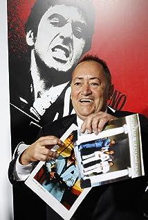 Aktori Ángel Salazar
