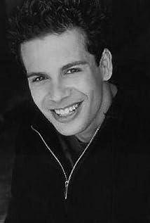 Aktori Stuart Stone