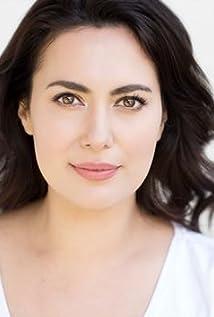 Aktori Yasmine Akram