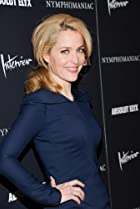 Image of Gillian Anderson