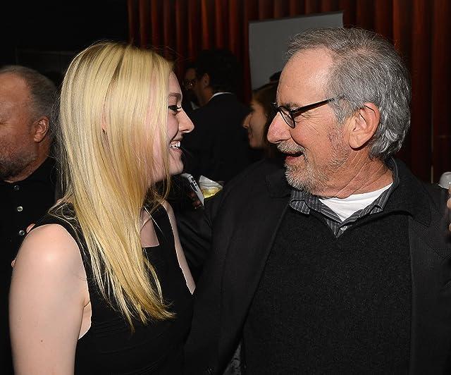 Steven Spielberg and Dakota Fanning at Lincoln (2012)