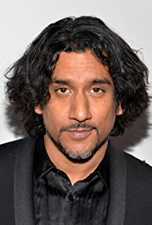 Naveen Andrews Picture
