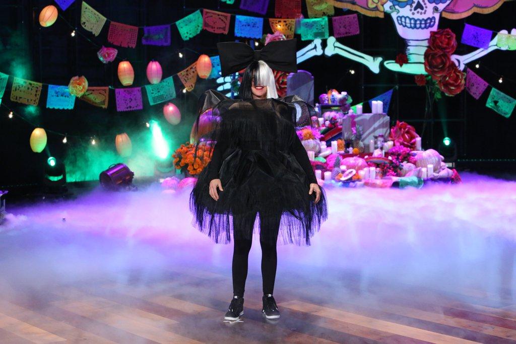Ellen's Halloween Show (2016)
