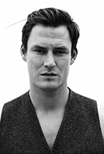 Aktori James Farrar