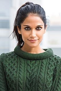Melanie Chandra Picture
