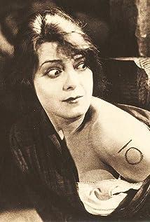 Barbara Castleton Picture