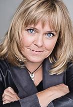 Lizzie Roper's primary photo