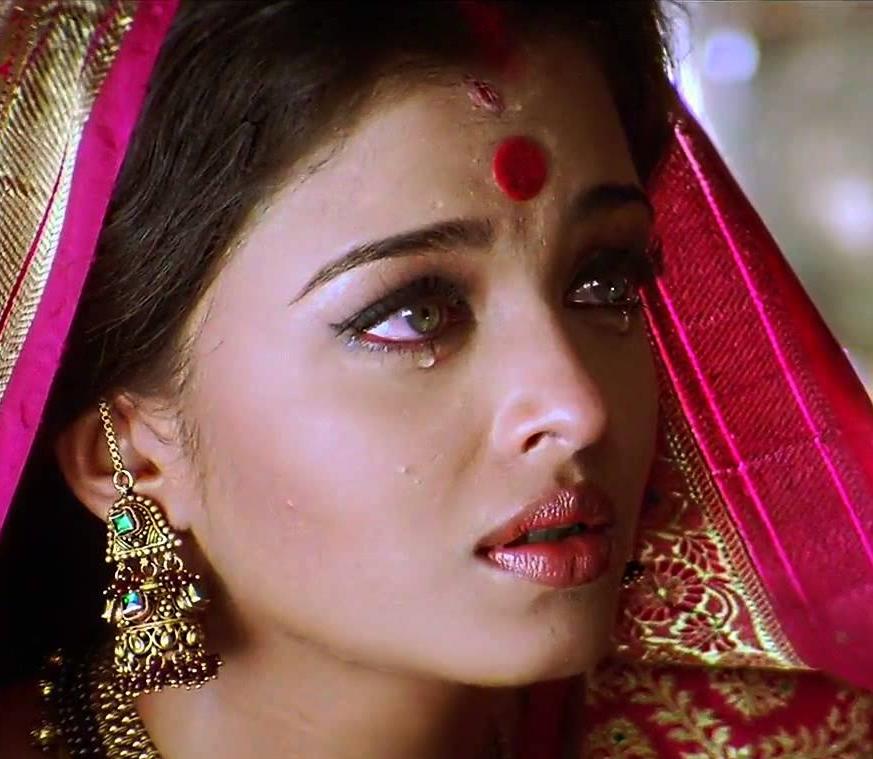 Film Review: Aishwarya Rai Photos In Devdas Movie ...