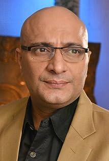 Aktori Amit Behl