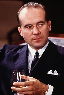 Aktori Hanns Zischler