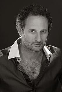 Aktori David Masajnik