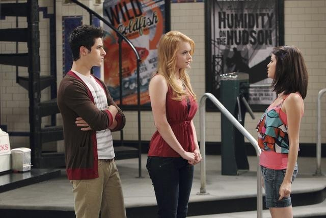David Henrie, Selena Gomez, and Leven Rambin in Wizards of Waverly Place (2007)