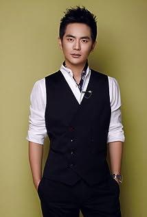 Aktori Xiaolong Zhang