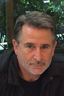 Aktori Anthony LaPaglia