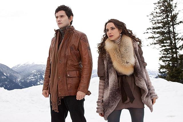 Christian Camargo and Mía Maestro in The Twilight Saga: Breaking Dawn - Part 2 (2012)