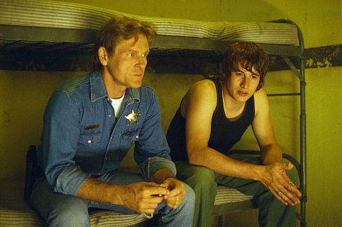 William Sadler and Brendan Fehr in Roswell (1999)