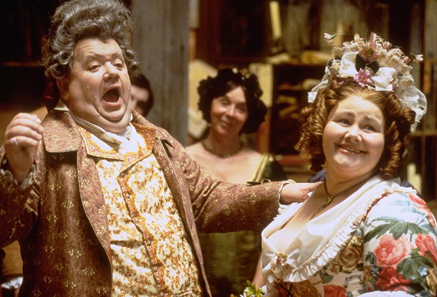 Annette Badland and Ian McNeice in A Christmas Carol (1999)