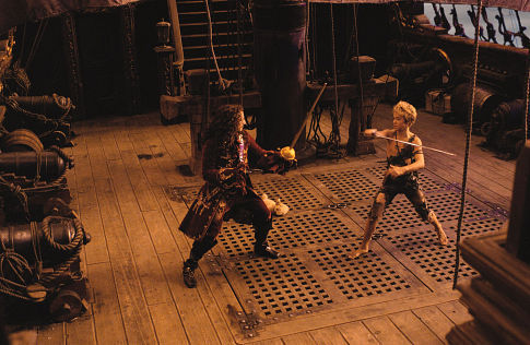 Jason Isaacs and Jeremy Sumpter in Peter Pan (2003)