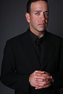 Aktori Luis Antonio Ramos