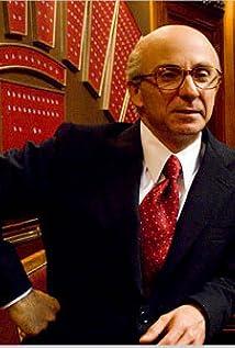 Aktori Carlo Buccirosso