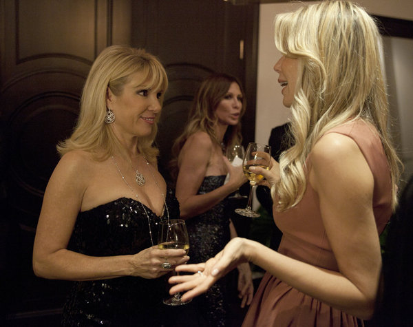 Ramona Singer and Aviva Drescher in The Real Housewives of New York City (2008)