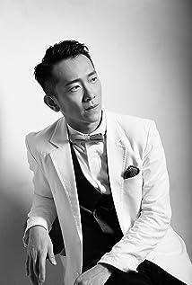Aktori Ming-Shuai Shih