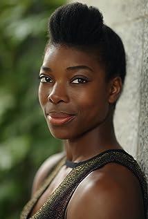 Aktori Ann Ogbomo