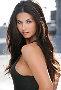 Aktori Stephanie Beran